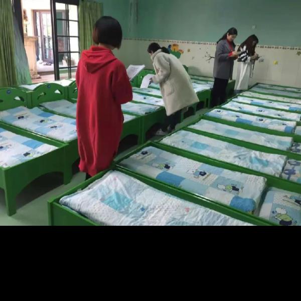 如何选择-适合孩子的幼儿园床上用品[寝夜思家纺]