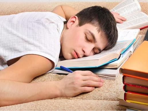 住校生活太苦?一张硬质棉床垫让孩子睡得更好!