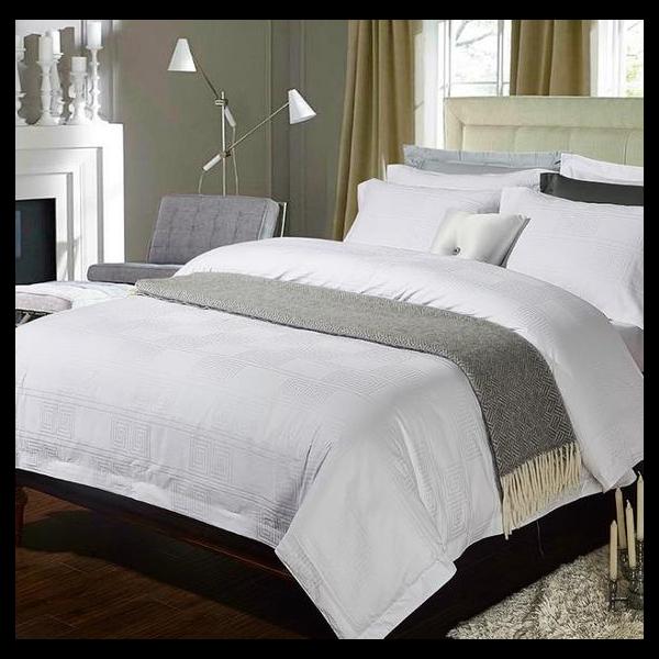 酒店床上用品尾部的一块布-到底是干嘛用的[寝夜思家纺]